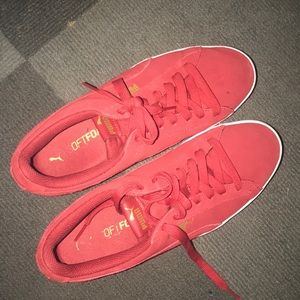 Red Puma Softfoam Tennis Shoes// open to offers